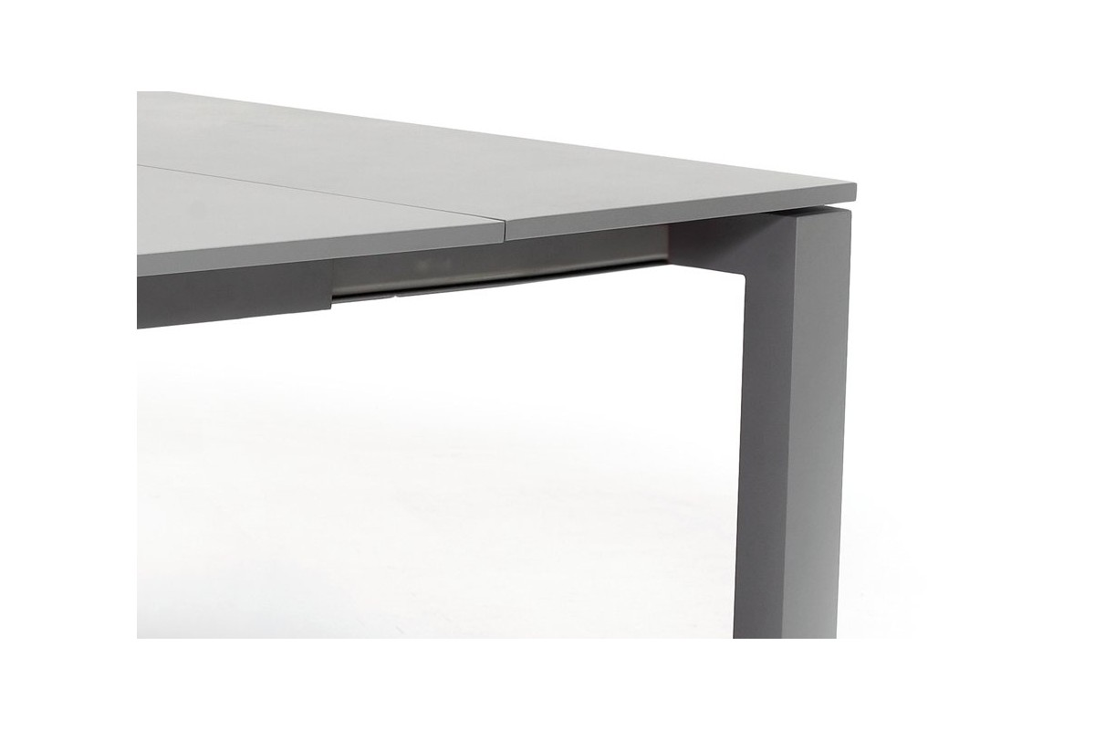 Table de jardin carr e en alu gris avec rallonge 150 210 for Table de jardin carree