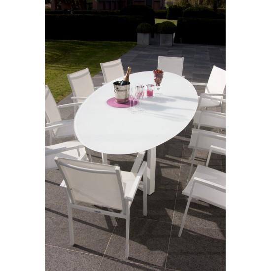 Table ovale empiètement aluminium, plateau verre, modèle Montella