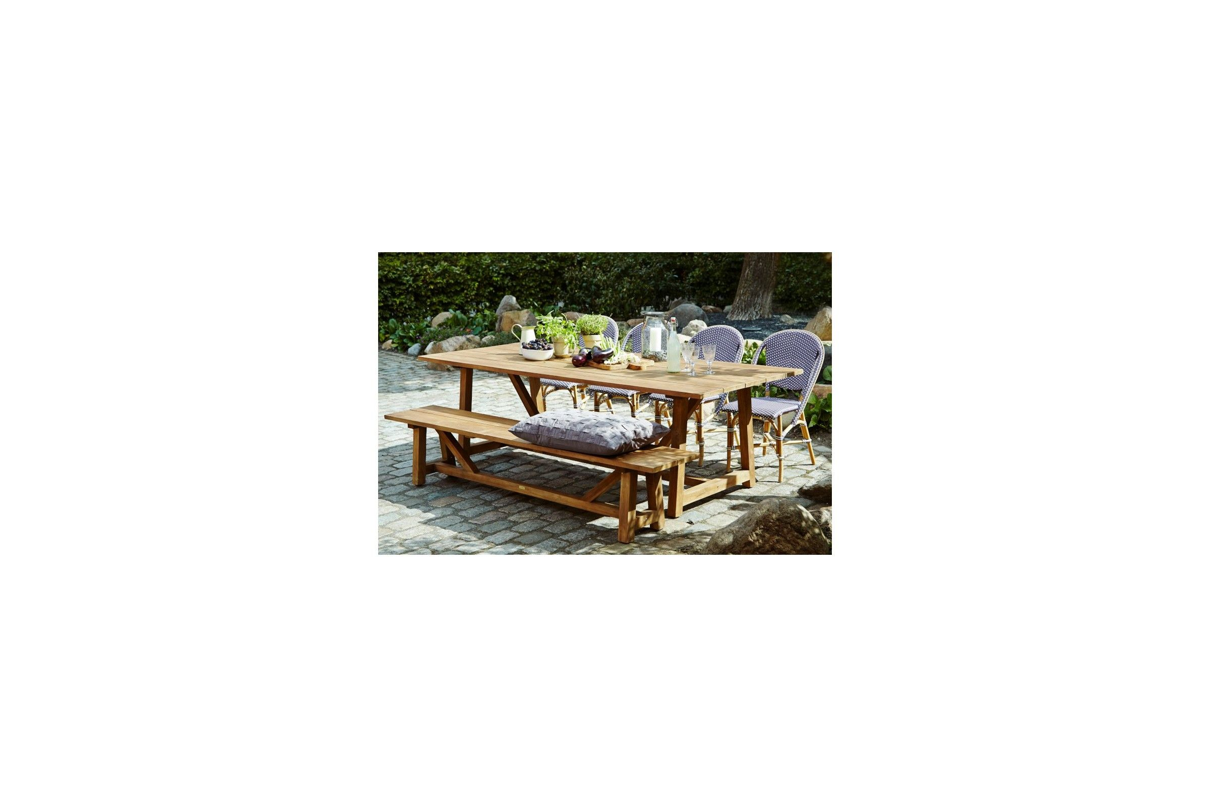 awesome table de jardin en teck avec banc ideas awesome interior home satellite. Black Bedroom Furniture Sets. Home Design Ideas