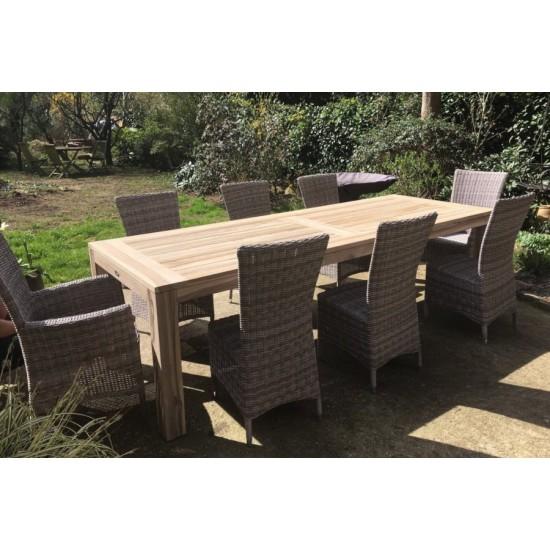 Table de jardin en teck recyclé 270 cm gris délavé, modèle Aberdeen avec chaises et fauteuils Adri