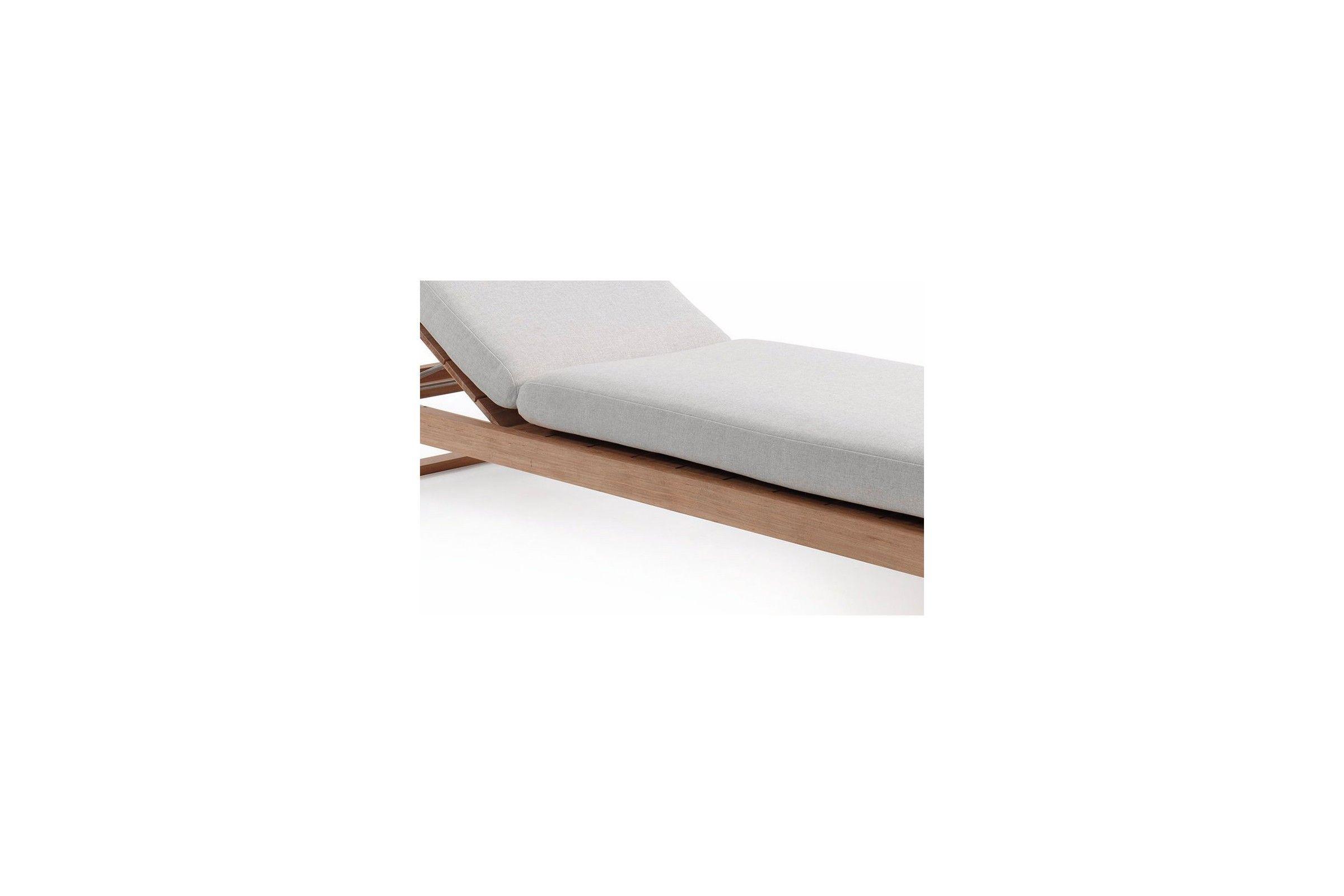 lit bain de soleil en teck avec un pais coussin. Black Bedroom Furniture Sets. Home Design Ideas