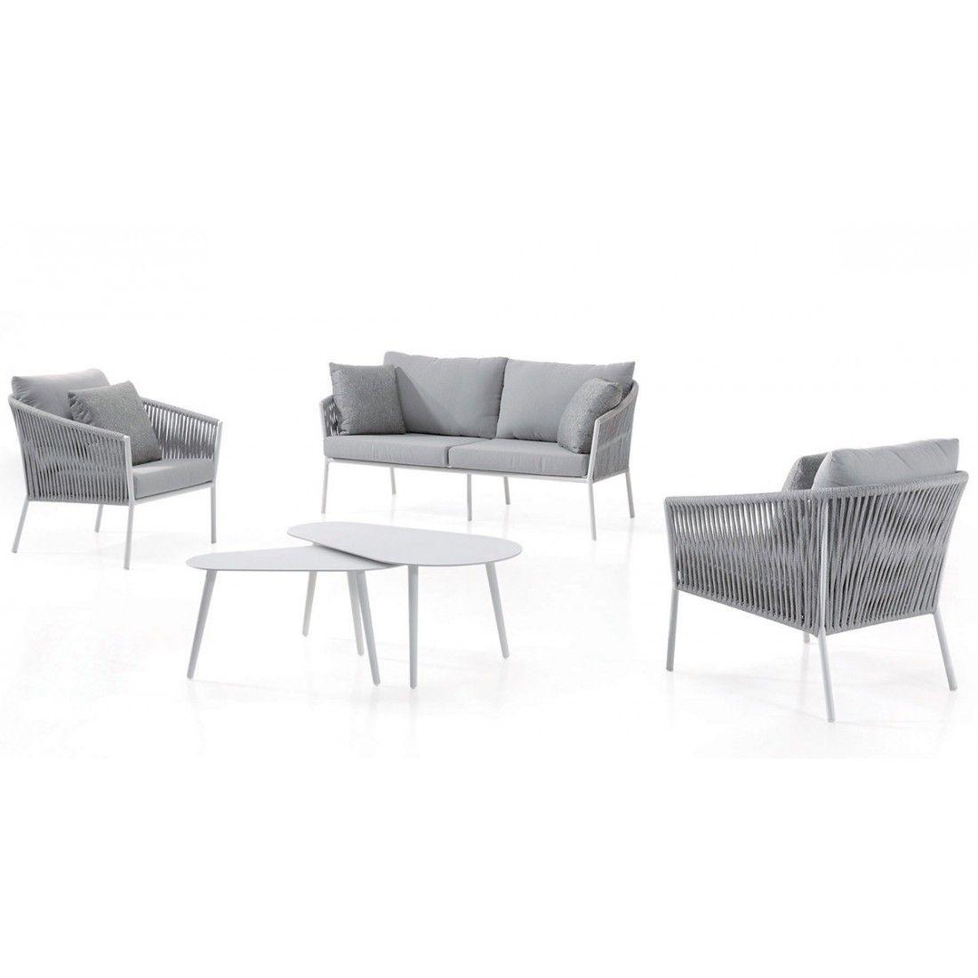 Salon de jardin design avec canapés, fauteuils, coussins et table, Gabon