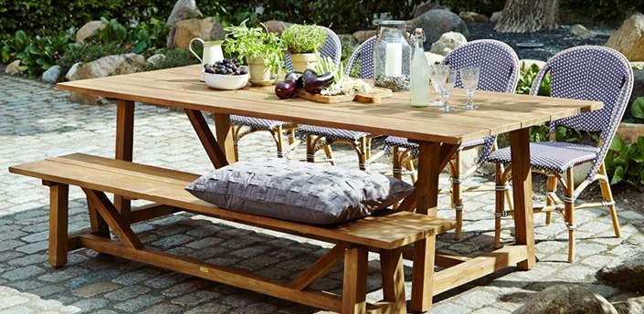 table et bancs de jardin en teck